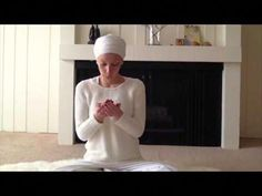 Kundalini Yoga for Women: Meditation to Remove Negative Thoughts