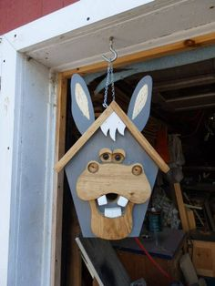 This large bird house stands approximately 18 tall, and is made from white pine, treated and coated to resist the elements. With an adorable dopey donkey face, this cute and functional birdhouse is perfect for any back-country or rustic decor. Large Bird Houses, Bird Houses Diy, Bird House Plans, Bird House Kits, Wood Projects, Woodworking Projects, Youtube Woodworking, Woodworking Equipment, Woodworking Bench