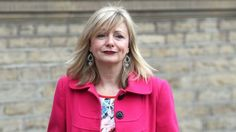 Jo Cox MP death: Actress Tracy Brabin may stand in Batley & Spen by-election - BBC News - http://instaviral.pw/funny/jo-cox-mp-death-actress-tracy-brabin-may-stand-in-batley-spen-by-election-bbc-news/