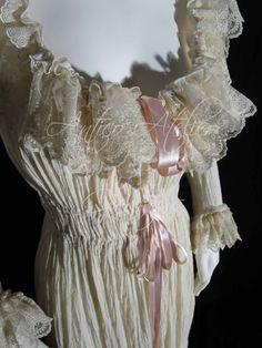 Chemise à la Reine 18 century Marie Antoinette by AnticoAtelier