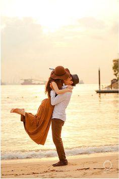 #couple #beach #photography