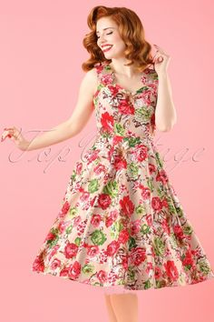 Pretty Vanessa Frankenstein is wearing the 50s Bettie Floral Swing Dress n Beige by Hearts & Roses. # VanessaFrankenstein