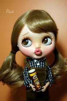 Cutie of the Day by PJdoll Check all Blythe Doll Customizer Pretty Dolls, Beautiful Dolls, Cute Baby Dolls, Foto Baby, Doll Repaint, Custom Dolls, Disney Wallpaper, Ball Jointed Dolls, Doll Face