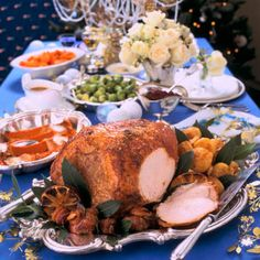 Treat your guests with this delicious orange and bay roast turkey recipe - even easier in our top quality nylon roasting bags Roast Dinner, Sunday Roast, Christmas Turkey, Christmas Menus, Turkey Crown, Roasting Bags, Roast Turkey Recipes, Dry White Wine, Oranges And Lemons