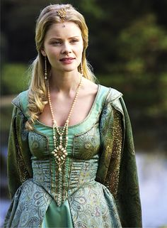 dress corset top necklace earrings headdress hair character The Tudors