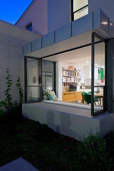 Modern extension by TFAD | Plastolux