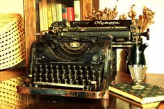 ON SALE Typewriter Olympia no.8 / Fantastic Rare Antique Typewriter with Russian Cyrillic Typeface / German Typewriter, Circa 1934 / WORKING