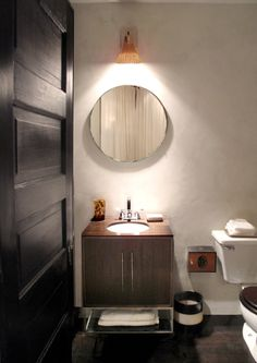 Chic bathroom -- love everything about it!