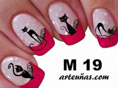 These look very nice. Cat Nail Art, Cat Nails, Paw Print Nails, Gel Nail Art Designs, Halloween Nail Art, Flower Nails, Beauty Nails, Pretty Nails, Nail Colors