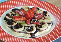Değişik Waffle Tarifi Homemade Beauty Products, Fruit Salad, French Toast, Yummy Food, Breakfast, Sweet, Recipes, Youtube, Waffles