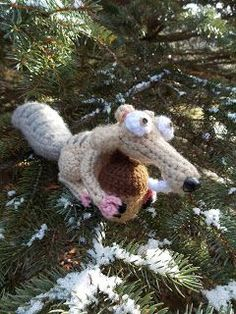 SCRAT!!! I'm a huge Scrat fan (though I'm not sure why) so I crocheted this nutty buddy. I crocheted him because the new movie Ice Age ...