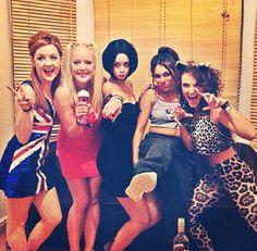 Spice Girls Group Halloween Costume Brochero Fairweather umm can we do this? Girl Group Halloween Costumes, Cute Costumes, Group Costumes, Halloween Cosplay, Girl Costumes, Halloween Diy, Costume Ideas, Mermaid Costumes, Pirate Costumes