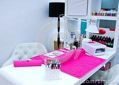 Manicure Table Setup