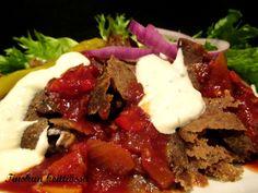 Itse tehty kebab kaikkine lisukkeineen on vaan niin must juttu: Tinskun keittiössä