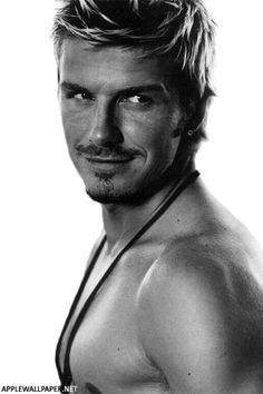 david beckham Just beautiful. David Beckham Shirtless, David Beckham Tattoos, David Beckham Wallpaper, David Beckham Pictures, Bernardo Velasco, Pretty People, Beautiful People, Amazing People, Beautiful Things