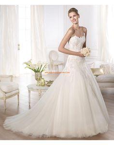 Robe de mariée col en coeur tulle avec applications 2015