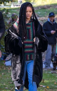 Rihanna shooting #Oceans8 in NYC today