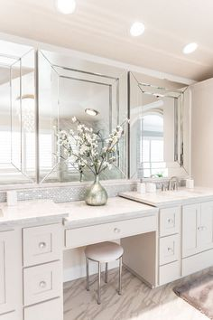 p/diy-master-vanity-double-vanity-with-makeup-area-white-master-bathroom-dunn-edwar - The world's most private search engine Bathroom Renos, Bathroom Interior, Modern Bathroom, Small Bathroom, Bathroom Ideas, Mosaic Bathroom, Bathroom Bath, Costal Bathroom, Budget Bathroom