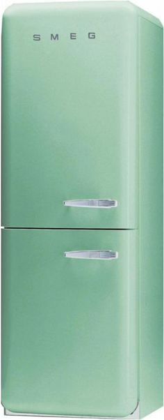 SMEG.  Oh, please, please, please start selling these in th US!!  I ♥ this!