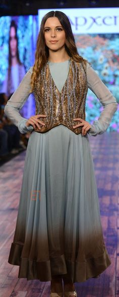 Pinterest: @Littlehub     คdamant love on Anarkali's ✿。。ღ     love the jacket