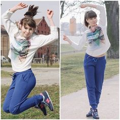 People Around The World, Real People, Belly Button Smell, Sporty, T Shirts For Women, Crop Tops, How To Wear, City, Fashion