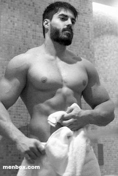 gay bodybuilder escort fetish escort milano