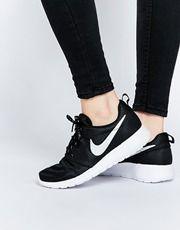 Nike – Roshe Run – Schwarze Turnschuhe