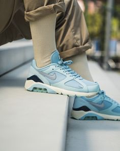 UNSTABLEFRAGMENTS.COM Air Max 180, Nike Air Max, Air Max Sneakers, Sneakers Nike, Baskets Nike, Nike Running, Nike Huarache, Designer Shoes, Fashion Shoes