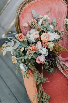 Fall barn vibes with terracotta and peach and gorgeous late summer wild flowers | Wedding Inspiration | 100 Layer Cake