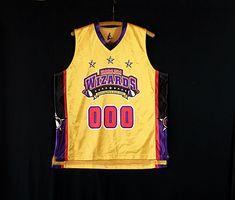Rare!!! Vintage CHICAGO Bulls Nba Basketball x Adidas Embroidered Sweatshirt Pullover Crewneck Jumper Jacket