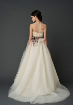 Vera gown back