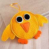 If you are looking for ways to get your kids to use their creativity and imagination, the answer is crafts especially felt craft. Fleece Crafts, Felt Crafts, Easter Crafts, Crafts To Sell, Crafts For Kids, Duck Crafts, Cute Sewing Projects, Art Projects, Felt Fish