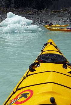 The best things to do in Mount Cook National Park in New Zealand - from the best hikes to kayaking to where to stay and see the sunrisde on Mt Cook + Kayak Camping, Canoe And Kayak, Travel Around The World, Around The Worlds, Kayaking, Canoeing, Kayak Paddle, Best Hikes, Australia Travel