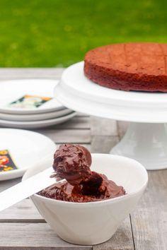 Gluten free recipe   Paleo Avocado Chocolate Frosting / Icing