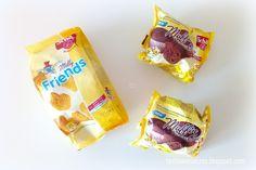 Kolejna przesyłka bezglutenowych smakołyków od Schär, tym razem prosto z Niemiec. Tym razem otrzymałam zestaw w sam raz dla moich dzieciaków. Każde dostanie po bezglutenowej muffince czekoladowej. Nie będę musiała dzielić na pół. A paczką bezglutenowych ciasteczek Milly Friends będą musieli się podzielić. Małych alergików na pewno ucieszy wiadomość, że ciasteczka są bez laktozy. Więcej na www.testowaniaczas.blogspot.com