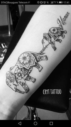 Baby Tattoos For Moms 320318592246173366 - Mother Daughter Tattoos Source by sandytattoo Tattoos Bein, Mommy Tattoos, Baby Tattoos, Family Tattoos, Leg Tattoos, Body Art Tattoos, Sleeve Tattoos, Tatoos, Maori Tattoos
