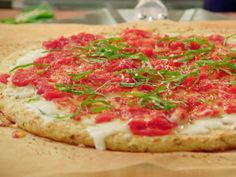 "Cauliflower Crust Pizza (Last-Minute Dinner Guests) - Valerie Bertinelli, ""Valerie's Home Cooking"" on the Food Network. Top Recipes, Pizza Recipes, Cooking Recipes, Healthy Recipes, Recipies, Cooking Food, Skinny Recipes, Brunch Recipes, Tailgating Recipes"