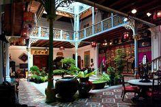 Pinang Peranakan Mansion, Penang - Malaysia Tourist & Travel Guide