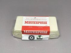 Mauxarella #DairyFree #GlutenFree  #Camembert #VeganCheese Mozzarella, Fromage Vegan, Vegan Cheese, Sans Gluten, Glutenfree, Dairy Free, Food, Dairy, Gluten Free