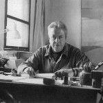 El 22 de enero de 1928 nació en Guanajuato Jorge Ibargüengoitia, famoso por satirizar y poner en evidencia a los personajes de su trabajo literario
