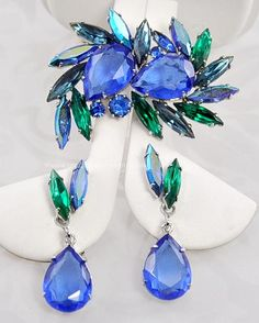Brilliant Vintage Blue and Green Rhinestone Brooch and Earring Set