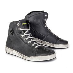 STYLMARTIN Chester Motorcycle Sneakers in black - buy STYLMARTIN boots & sneakers now at 24Helmets.de!