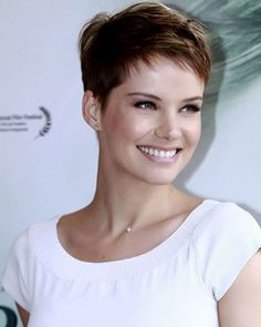 Very Short Haircuts For Women Very Short Pixie Hairstyles