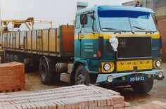 Volvo F 88 4x2  met spoorloperoplegger van Bronsema te Stroobos