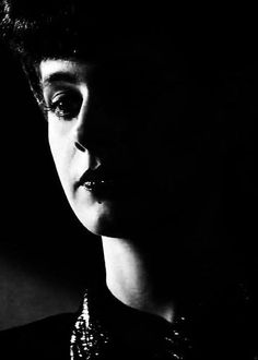 Sean Young Blade Runner, Film Blade Runner, Young Actresses, The Shining, Films, Movies, Photography Women, Tv Shows, Sci Fi