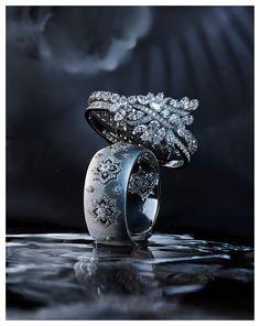 L'Officiel So Represent Jewellery Advertising, Jewelry Ads, Photo Jewelry, Wedding Jewelry, Jewelry Design, Jewelry Websites, Beach Jewelry, Fine Jewelry, Diamond Jewelry