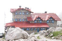 """Rifugio """"Silvio Agostini"""" - Trentino - #dolomiti trekking ed escursioni @pinetahotels"""
