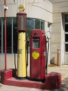 Retzlaff Pumps