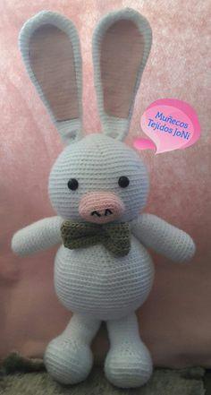 Cerdo Conejo tamaño aproximado 70 cm #Cerdoconejo #amigurumi #amigurumis #muñecostejidos #muñecostejidosjoni #tejido #tejiendo #tejiendoamano #hechoamano #Ecuador #Quito #tejidocrochet #tejidos #lana