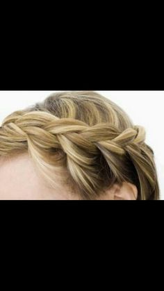 How to Start a French Braid by Parting Hair Cute Braided Hairstyles, Easy Hairstyles For Long Hair, Pretty Hairstyles, Braided Updo, Braided Crown, Crown Braids, Prom Hairstyles, French Braid Headband, Parting Hair